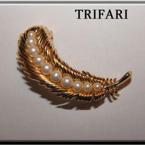 Trifari goldtone Faux Pearl Leaf Brooch
